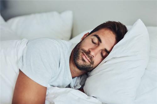 不玩手机安心睡觉