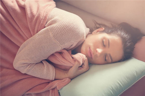 睡眠不足容易让人脾气暴躁